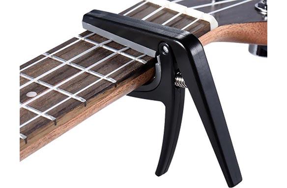 Capo's Ukulele, Banjo, Mandoline