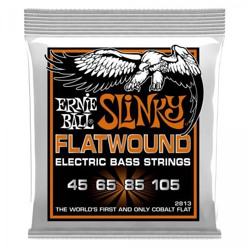 Ernie Ball 2813 Flatwound Cobalt Hybrid Slinky Bassnaren (45-105)
